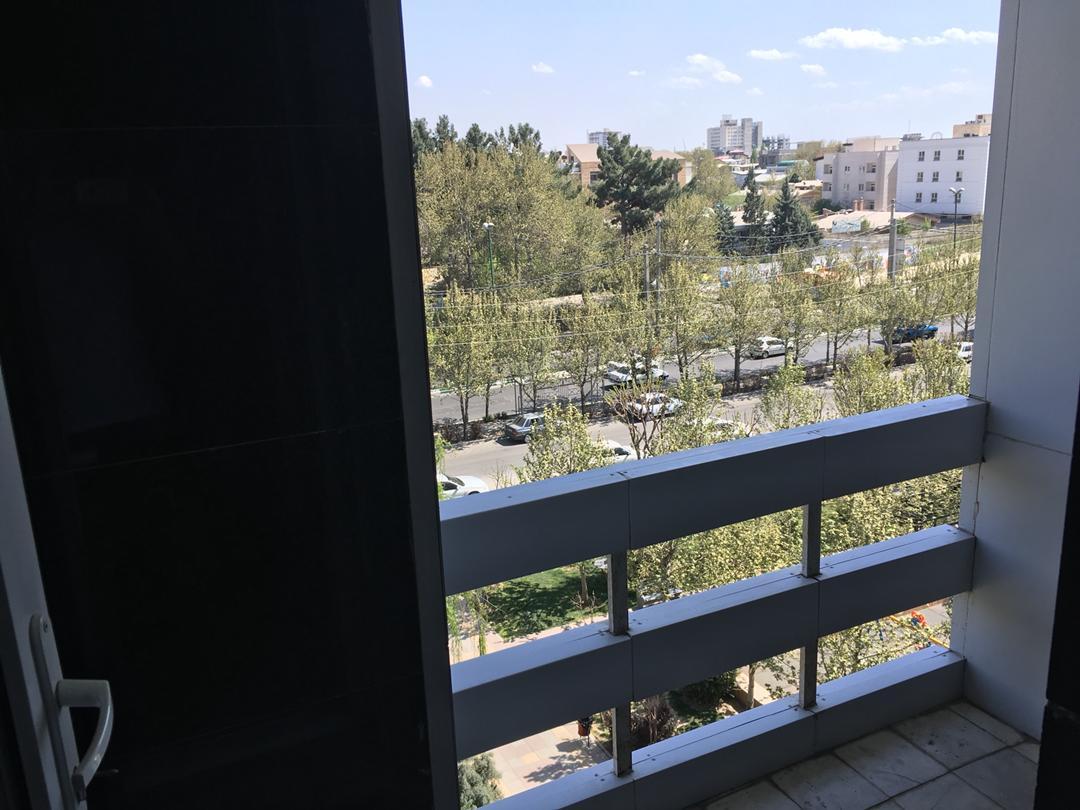 آپارتمان لاکچری نورگیر واقع در بلوار ارم